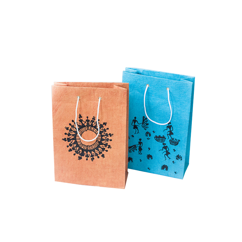 https://www.yifanpackaging.com/img/retail_paper_shopping_bagoffset_printing_paper_bagcolor_paper_bag_supplier.jpg